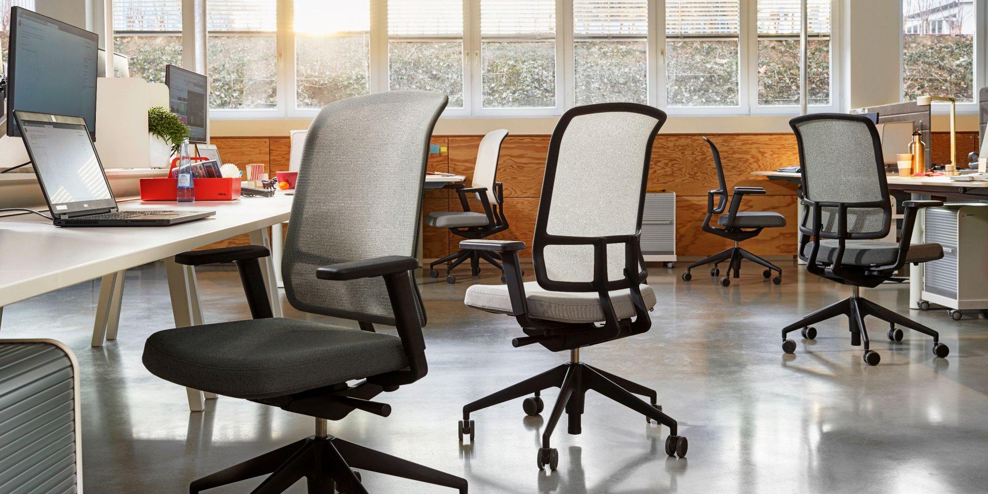 am-chair-1760960-master