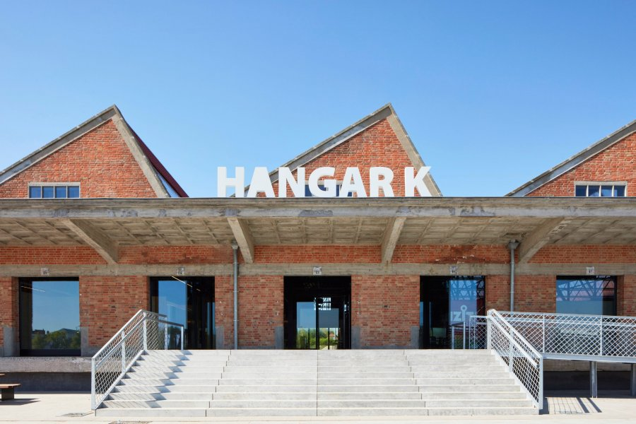 hangar-k-8